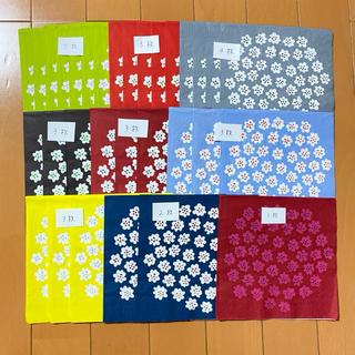 マリメッコ(marimekko)のペーパーナプキン   マリメッコ   プケッティ  33cm   31枚(各種パーツ)
