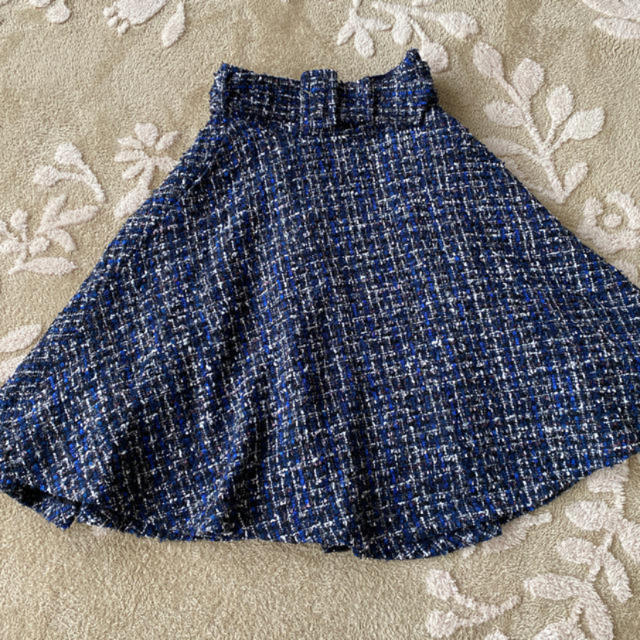 31 Sons de mode(トランテアンソンドゥモード)のトランテアンソンドゥモード ツイード 膝丈 スカート ネイビー レディースのスカート(ひざ丈スカート)の商品写真