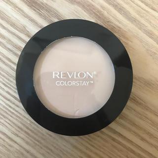 REVLON - レブロン カラーステイ  プレストパウダー ファンデ 820