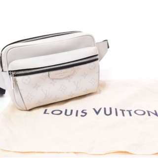 LOUIS VUITTON - 大人気☆美品 ウエストポーチ