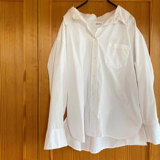 ミラオーウェン(Mila Owen)のミラ オーウェン 白シャツ ブラウス 長袖 羽織り 超美品 お買い得!(シャツ/ブラウス(長袖/七分))
