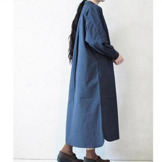 ヤエカ(YAECA)のkoromo 衣 スタンドカラーシャツワンピース(ロングワンピース/マキシワンピース)