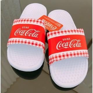 コカコーラ(コカ・コーラ)の送料無料 新品 コカ・コーラ ベナッシ 26.5センチ 送料込み サンダル(サンダル)