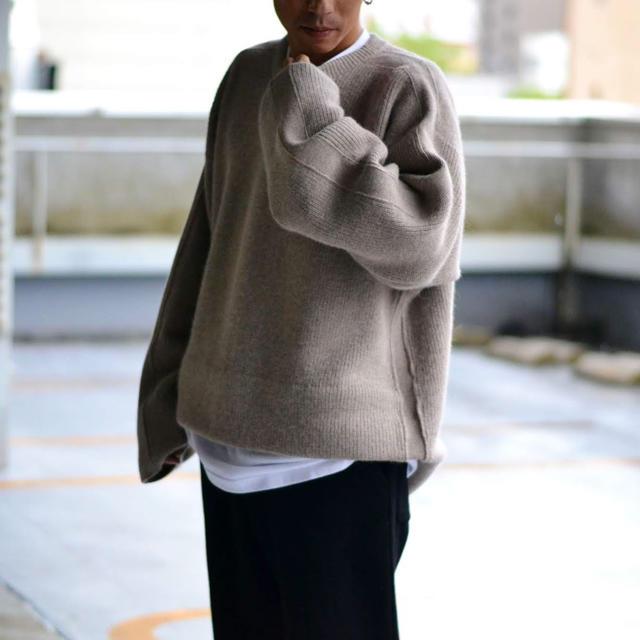 COMOLI(コモリ)のauralee yoke 名作 ニット セーター  メンズのトップス(ニット/セーター)の商品写真