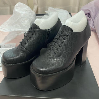 エモダ(EMODA)のエモダ 厚底 靴(ローファー/革靴)