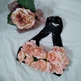 ロキエ(Lochie)の未使用 burlesque薔薇レース ブラトップ ダンス衣装(シャツ/ブラウス(半袖/袖なし))