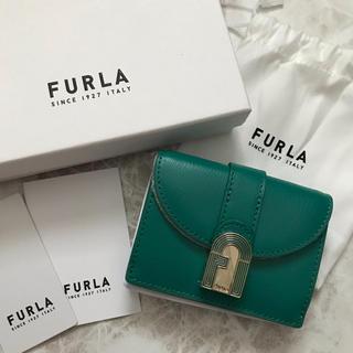 Furla - 新品!フルラ 三つ折り財布 エメラルドグリーン 折財布