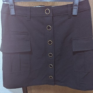 ニジュウサンク(23区)の私服でも使えそうな黒ミニスカート(ウエア)