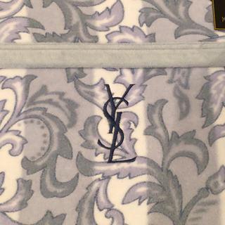 イヴサンローランボーテ(Yves Saint Laurent Beaute)の【新品未使用・送料込】 イブサンローラン 綿100%毛布(毛布)