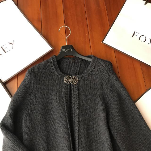 FOXEY(フォクシー)の♡極美品♡フォクシー ニットコート レディースのジャケット/アウター(ニットコート)の商品写真