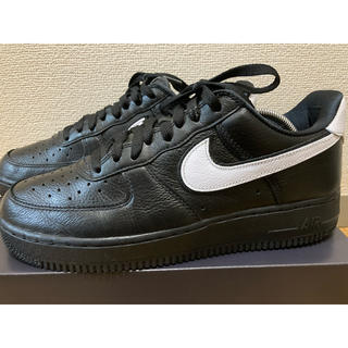 NIKE - AIR FORCE1