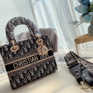 Christian Dior - 超人気ショルダーバッグ