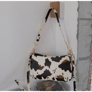 アメリヴィンテージ(Ameri VINTAGE)のカウミニバッグ ハンドバッグ アニマル  牛柄 秋 冬 レディース ショート(ハンドバッグ)