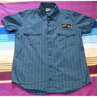 ウィーエスシー(WeSC)の古着 WESC ワッペンワークシャツ 実寸S グレー スウェーデン発(シャツ)