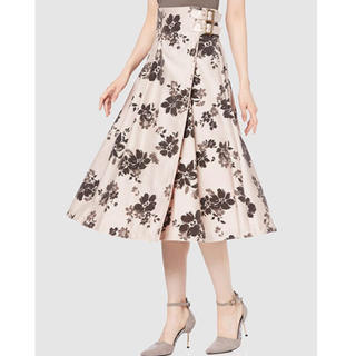 リリーブラウン(Lily Brown)の新品未使用 LilyBrown フラワーフロッキーラップスカート(ひざ丈スカート)