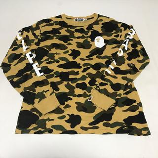 アベイシングエイプ(A BATHING APE)のBape カモ柄長袖Tシャツ Mサイズ(Tシャツ/カットソー(七分/長袖))