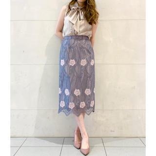 GRACE CONTINENTAL - 新品グレースコンチネンタル♡フラワー刺繍タイトスカート