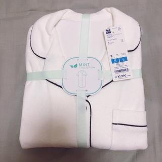 ジーユー(GU)のGU×SABON パイルパジャマ ワンピース S オフホワイト 半袖(パジャマ)