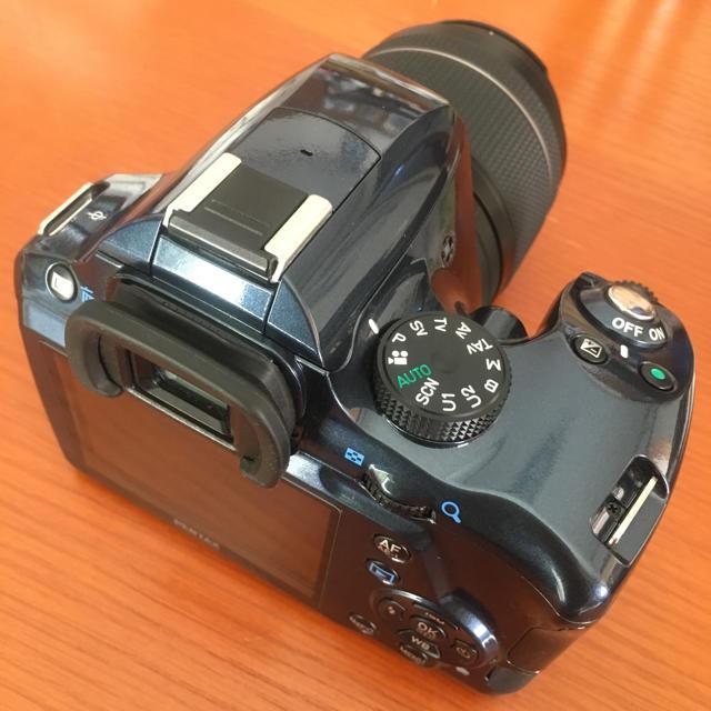 PENTAX(ペンタックス)のペンタックス PENTAX K-50 メタルネイビー ズームレンズキット  スマホ/家電/カメラのカメラ(デジタル一眼)の商品写真
