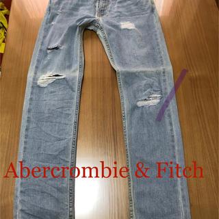 アバクロンビーアンドフィッチ(Abercrombie&Fitch)のAbercrombie & Fitch メンズ ダメージスキニージーンズ(デニム/ジーンズ)