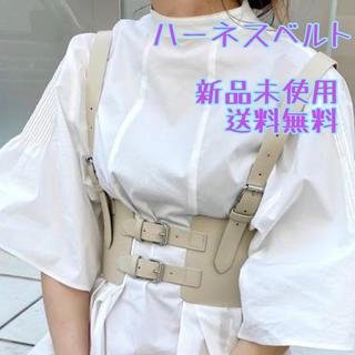 フーズフーギャラリー(WHO'S WHO gallery)の秋冬トレンドアイテム⭐️ハーネスベルト コルセット 体型カバー 韓国 ハロウィン(ベルト)
