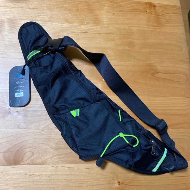 ボトルポーチ ランニング ウエストポーチ ブラック メンズのバッグ(ウエストポーチ)の商品写真