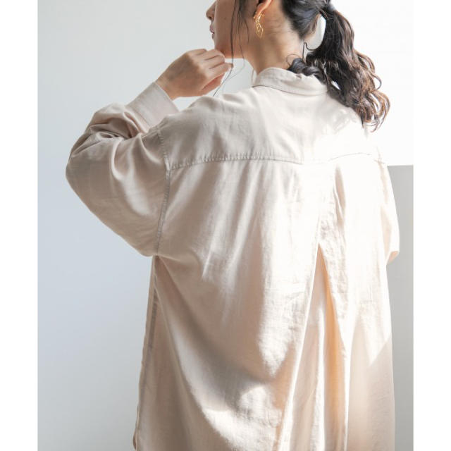 LOWRYS FARM(ローリーズファーム)のローリーズファーム  エコレーヨンリネンBIGシャツ レディースのトップス(シャツ/ブラウス(長袖/七分))の商品写真