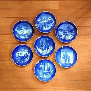 ロイヤルコペンハーゲン(ROYAL COPENHAGEN)のロイヤルコペンハーゲン 皿 イヤープレート 7枚セット(食器)