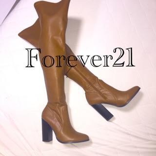 フォーエバートゥエンティーワン(FOREVER 21)のForever21  ニーハイブーツ キャメル M(ブーツ)