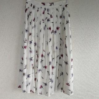 Noela - ノエラ 花柄シフォンスカート