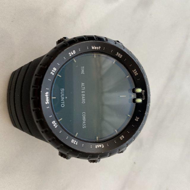 SUUNTO(スント)の【ジャンク品美品】SUUNTO スント オールブラック メンズの時計(腕時計(デジタル))の商品写真