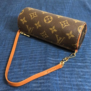 LOUIS VUITTON - 【LOUIS VUITTON】ポーチ