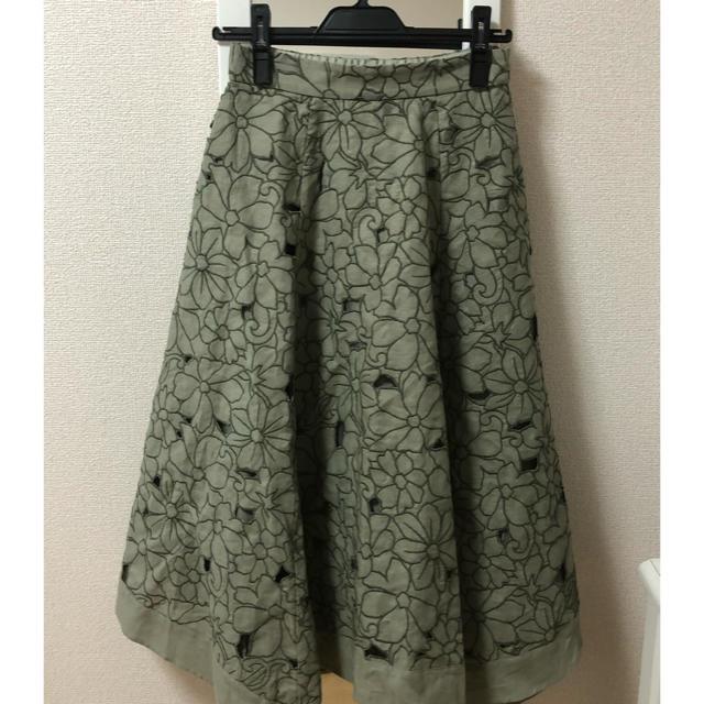 JUSGLITTY(ジャスグリッティー)のジャスグリッティ★カットワーク刺繍リネンスカート レディースのスカート(ロングスカート)の商品写真
