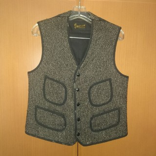 テンダーロイン(TENDERLOIN)のTENDERLOIN T-BROWN BEACH VEST(ベスト)