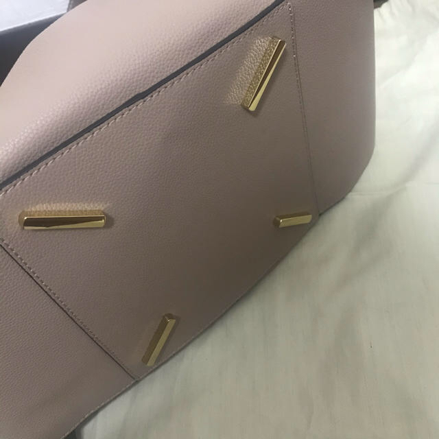 LOEWE(ロエベ)のLOEWE ハンモック ミディアム レディースのバッグ(ハンドバッグ)の商品写真