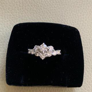 超お値打ち❣️pt900 ダイヤ中央0.308+0.79カラットダイヤモンド指輪