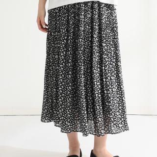 HONEYS - 【期間限定値下げ中!】花柄プリーツロングスカート