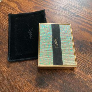 イヴサンローランボーテ(Yves Saint Laurent Beaute)のYSL イヴ・サンローラン フェイスパウダーケース付き(フェイスパウダー)