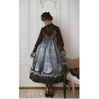 メタモルフォーゼタンドゥフィーユ(metamorphose temps de fille)の日本未発売 海外 ロリィタ アルテミスの肖像画  ROSE AND BONES(ロングワンピース/マキシワンピース)