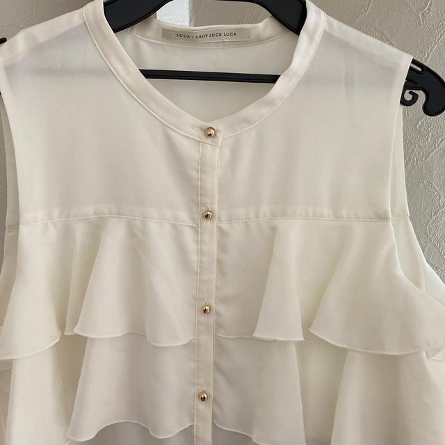 LUCA(ルカ)のルカ LUCA  ブラウス レディースのトップス(シャツ/ブラウス(半袖/袖なし))の商品写真