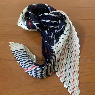 アメリヴィンテージ(Ameri VINTAGE)の古着屋購入トリコロールカラースカーフ ameri vintageアメリビンテージ(バンダナ/スカーフ)