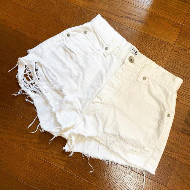 GYDA(ジェイダ)のGYDA BACKRIPPED デニム ショートパンツ ホワイト レディースのパンツ(ショートパンツ)の商品写真