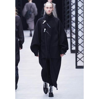 HYKE - 即完売新品!今期1番人気HYKEハイクpile duffle coat黒1サイズ