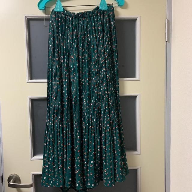LOWRYS FARM(ローリーズファーム)のLOWRYS FARM 花柄プリーツスカート レディースのスカート(ロングスカート)の商品写真