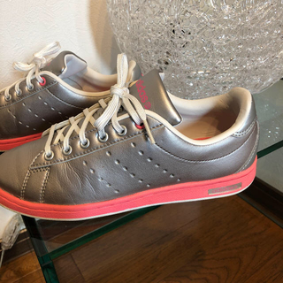 アディダス(adidas)のアディダスメタリックシューズ(スニーカー)