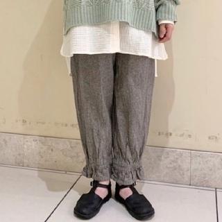 サマンサモスモス(SM2)の【 新品タグ付】SM2  裾絞りパンツ(カジュアルパンツ)