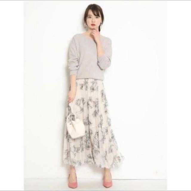 JUSGLITTY(ジャスグリッティー)のジャスグリッティー アートフラワープリントスカート  レディースのスカート(ロングスカート)の商品写真