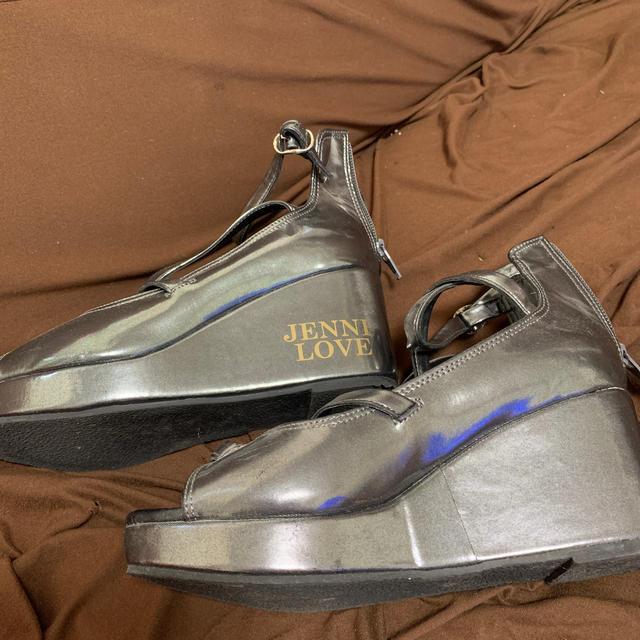 JENNI(ジェニィ)のJENNY サンダル キッズ/ベビー/マタニティのキッズ靴/シューズ(15cm~)(サンダル)の商品写真