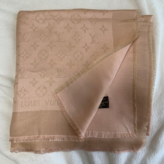 LOUIS VUITTON(ルイヴィトン)のLOUISVUITTON 大判ストール レディースのファッション小物(ストール/パシュミナ)の商品写真