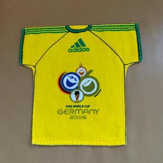 アディダス(adidas)の【レア】2006 ドイツワールドカップ Tシャツ型タオルハンカチ (記念品/関連グッズ)
